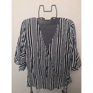 New! Black White Striped Wrap Top XL - 790